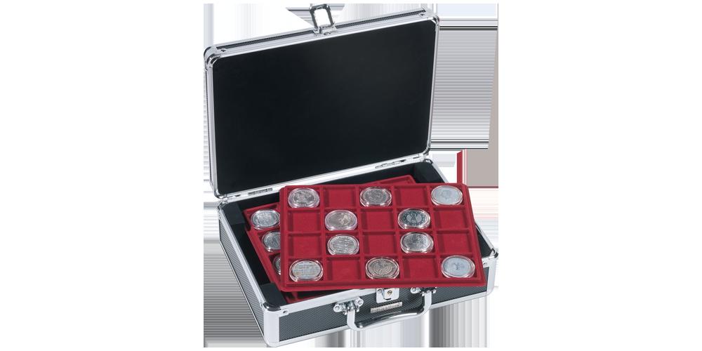 Praktisk Cargo S myntväska i svart och silver med plats för 120 mynt