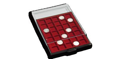 Rökfärgad myntlåda med rött inlägg