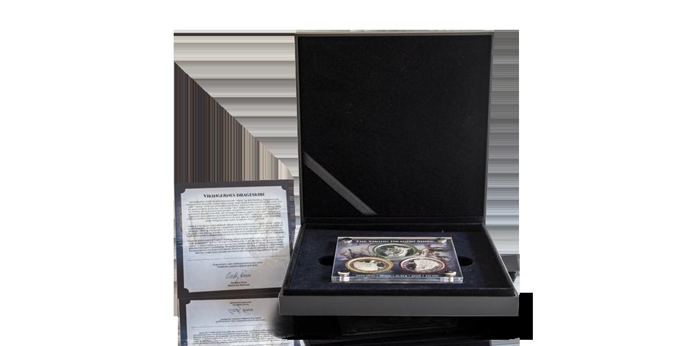 ett vackert specialdesignat skrin för Komplett set med tre vikingamynt i 99,9 % silver